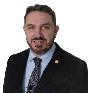 Dr. Armando Minciarelli
